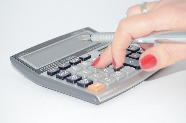 Calcular gastos totales antes de comprar casa