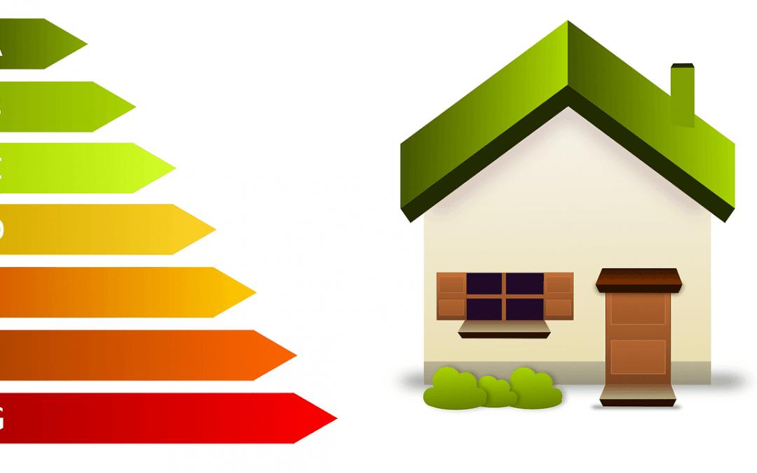 Foto de una casa y el icono del Certificado Energético