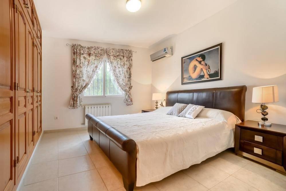 Hermosa Villa de 4 habitaciones y piscina privada 1