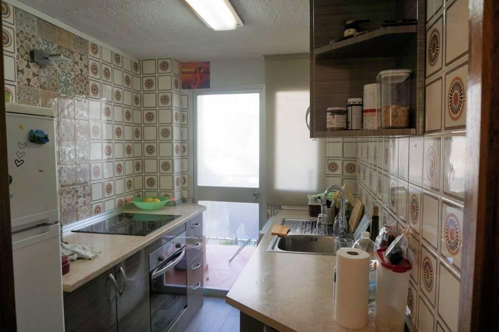 Cocina del apartamento en venta por Inmobres