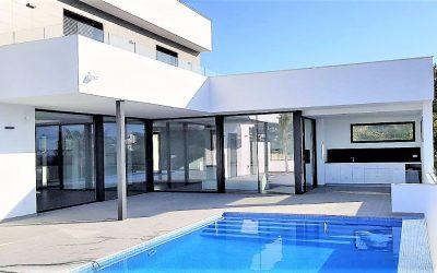 Villa moderna con preciosas vistas