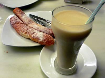 Receta de los fartons valencianos con horchata