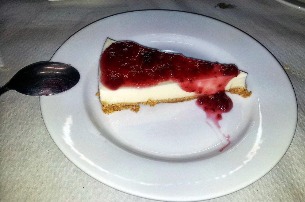 Dulce tarta fría de queso sin horno