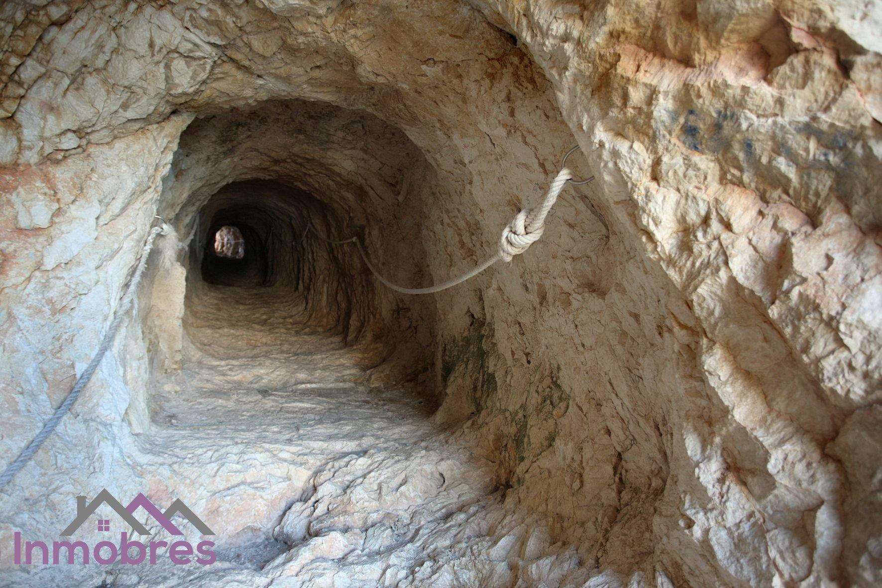 Tunel del Peñón de Ifach